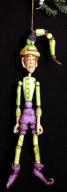 make a christmas elf ornament from bead mold