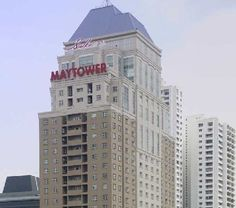 Maytower, Dang Wangi - Residents of Maytower are pampered by lush amenities in the area. Jalan Tunku Abdul Rahman is famously known as a shopping district, as there are rows of shops and bazaars selling textiles, clothing, home decor accessories, carpets and others. Besides that, there are also Mydin Wholseale Emporium, Cityone Plaza, Semua House, Campbell Complex and Pernas Sogo Complex located within walking distance. Other prime shopping malls like Suria KLCC, Pavilion an