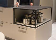 Keukentrends op de beurs 2016 - 2017: http://nieuwekeukenplanner.nl/keuken-inspiratie-en-tips/de-keukentrends-voor-2016-2017/