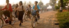 20 Amazing photos of kids' journeys to school from around the world #keepgirlsinschool #Project Dignity softcup.com/give