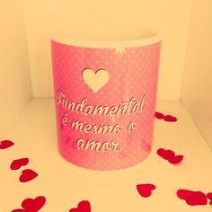 Um café no meio da tarde é fundamental pra um dia feliz, mas pra uma VIDA feliz o que realmente importa é o amor