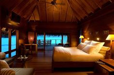 26 Amazing Bedrooms With Stunning Views Yummy! x
