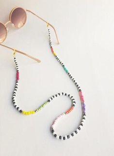 Pulseras Kandi, Eyeglass Holder, Handmade Beaded Jewelry, Bead Jewellery, Chains For Men, Beaded Bracelets, Beaded Necklace, Summer Bracelets, Reading Glasses