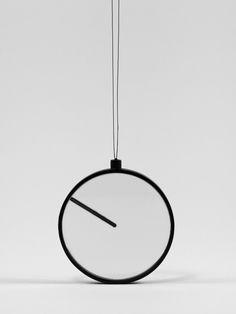 minimalist pocket watch Nookas ZONAL – Extending the Body and Mind Explores Optimistic TechnoFuturism Photo Minimalist Interior, Modern Minimalist, Time Design, Interiores Design, Home Interior Design, Industrial Design, Home Remodeling, Cool Designs, Creations