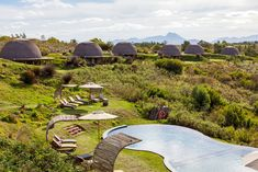 Gondwana Game Reserve in die tuinroete resensie op Mooi Leefstyl Hotel Branding, Small Buildings, Game Reserve, We Fall In Love, Zimbabwe, Landscape Architecture, Beautiful Landscapes, Glamping, Sun Lounger