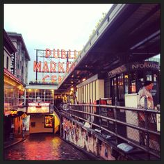 Seattle - one of my favorite places to be in the summertime. Pikes marketplace where there's so many different things here