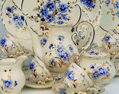 Zsolnai porcelán- búzavirágos teáskészlet