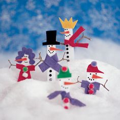 Snowmen are one of my favorite winter craft themes - and these painted craft stick snowmen I crafted for FamilyFun make an easy activity and cute holiday keepsake.