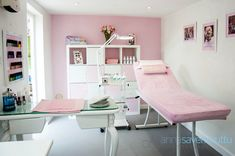Beauty treatment room studio home beauty salon, home nail salon, nail s Makeup Beauty Room, Home Beauty Salon, Home Nail Salon, Nail Salon Decor, Beauty Bar, Makeup Studio Decor, Beauty Cabin, Makeup Salon, Beauty Studio