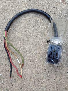 Angle Grounding Plug 250 Volt Leviton 931 30//50 Amp Black