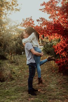 Photo Poses For Couples, Couple Picture Poses, Couple Photoshoot Poses, Cute Couples Photos, Engagement Photo Poses, Photo Couple, Couple Photography Poses, Engagement Pictures, Engagement Photography