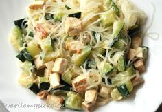 Rýžové nudle s tofu a cuketou Gnocchi, Tofu, Pasta Salad, Asparagus, Potato Salad, Cabbage, Potatoes, Vegetables, Cooking