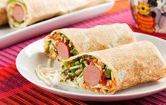 Wrap de cachorro-quente. | 30 receitas que comprovam que a salsicha é o melhor amigo do cozinheiro preguiçoso