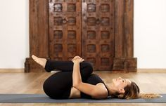"""Strengthening Psoas Muscle - 5 exercises designed to get you started on the """"real"""" reason for your back pain - Fitnessübungen - Yoga Poses Fitness Workouts, Yoga Fitness, Muscle Fitness, Iyengar Yoga, Ashtanga Yoga, Vinyasa Yoga, 10 Min Workout, Jnana Yoga, Sciatica Stretches"""