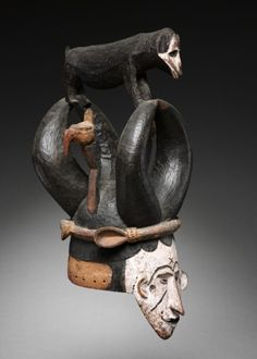 Mask from the Igbo people, Nigeria. 20th century | Wood and pigment