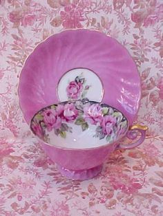 Antique China tea cup and saucer in pretty pink Party Set, Tea Party, Antique Tea Cups, Teapots And Cups, China Tea Cups, My Cup Of Tea, Vintage China, Vintage Teacups, Vintage Dishes