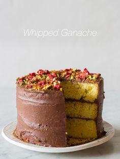 Yellow cake with whipped ganache. Pound Cake Recipes, Donut Recipes, Tart Recipes, Sweets Recipes, Cupcake Recipes, Baking Recipes, Cupcake Cakes, Desserts, Cupcakes