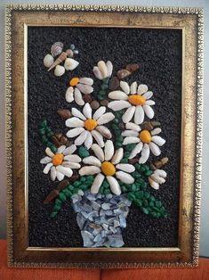 Картина от морски камъчета и миди Pebble Mosaic, Stone Mosaic, Mosaic Art, Stone Crafts, Rock Crafts, Arts And Crafts, Pebble Stone, Stone Art, Art Rupestre
