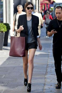 Miranda Kerr with Celine leather tote in bordeaux
