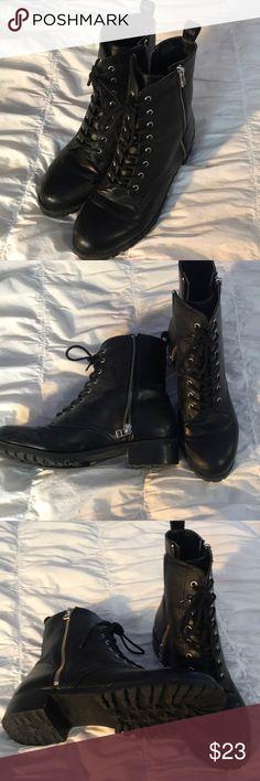 H&M BLACK COMBAT BOOTS Size 8 black combat boots H&M Shoes Combat & Moto Boots