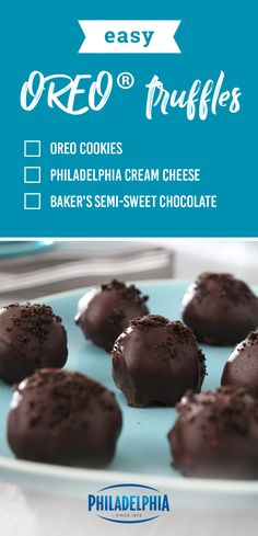 OREO Truffles – Discover the stuff dessert dreams are made of with this homemade truffle recipe. Blend cream cheese and OREO Cookie crumbs together to make this no-bake sweet treat for yourself! Candy Recipes, Cookie Recipes, Dessert Recipes, Kraft Recipes, Just Desserts, Delicious Desserts, Yummy Food, Health Desserts, Homemade Truffles
