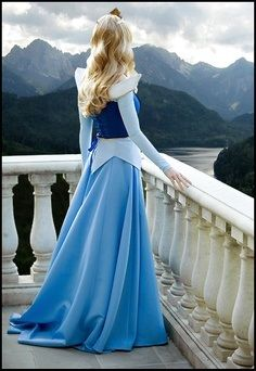 sleeping beauty cosplay. I always loved the blue better...