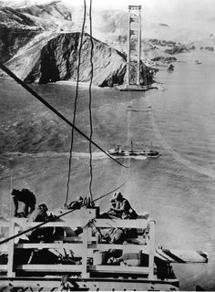 Building of the Golden Gate Bridge