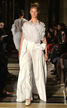 Roberts | Wood from Best Looks From London Fashion Week Spring 2016 | E! Online