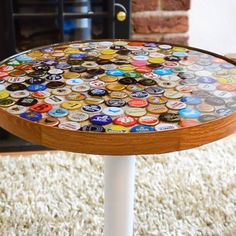 Einrichten und Wohnen These bottle cap tables are a great addition to a den! Diy Bottle Cap Crafts, Beer Cap Crafts, Bottle Cap Projects, Craft Beer, Beer Cap Table, Bottle Cap Table, Bottle Cap Art, Bottle Cap Coasters, Bottle Cap Magnets