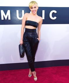 Miley Cyrus 7/10