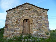 Os invitamos a pasear por la ermita de San Roque. #historia #turismo  http://www.rutasconhistoria.es/loc/ermita-de-san-roque