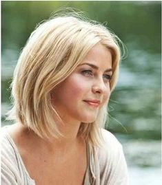short hair styles julianne hough safe haven hair. I just love how her hair looks short. And it looks like her hair texture/thickness is like. Cut My Hair, Her Hair, Hair Cuts, Hair Bangs, Safe Haven Hair, Pretty Hairstyles, Bob Hairstyles, Julianne Hough Short Hair, Julianne Hough Safe Haven