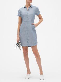 Petite Linen Shirtdress | Banana Republic Factory Dress Outfits, Fashion Dresses, Linen Shop, Work Suits, Petite Outfits, Modern Outfits, Jumpsuit Dress, Skirt Suit, Sweater Shirt