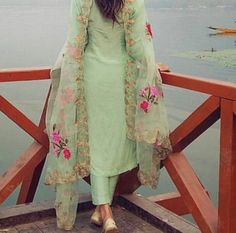 New Fashion Poster Ideas Awesome Ideas Indian Suits, Indian Attire, Indian Wear, Designer Punjabi Suits, Indian Designer Wear, Salwar Designs, Blouse Designs, Salwar Suits Party Wear, Ethnic Suit