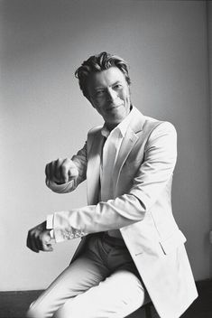 David Bowie by Richard Avedon