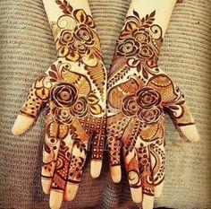 Dubai Mehendi Designs, Khafif Mehndi Design, Rose Mehndi Designs, Mehndi Design Pictures, Mehndi Designs For Girls, Wedding Mehndi Designs, Mehndi Designs For Fingers, Beautiful Mehndi Design, Dulhan Mehndi Designs