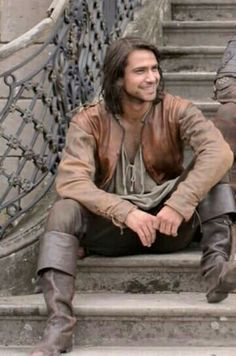 Luke Pasqualino as Dartagnan in The Musketeers