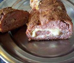 Rollo de carne relleno de queso y jamón