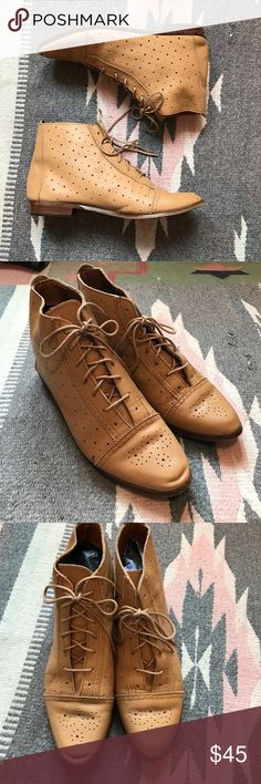 Vintage lace up granny boots Great condition genuine leather beautiful tan color. Has little signs of wear and tear . Shoes Lace Up Boots