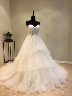 White Sleeveless A Line Wedding Dresses,Lace Appliques Bridal Dresses Wedding Dresses 2018, Prom Dresses Online, Cheap Prom Dresses, White Wedding Dresses, Bridal Dresses, Inexpensive Wedding Dresses, Affordable Bridesmaid Dresses, Cheap Wedding Dress, Organza Bridal