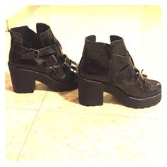 Topshop black Argo shoe size 6 1/2 Bought the last pair a size to small and never ended up wearing them! Super cute and brand new! Topshop Shoes Platforms