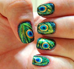 Nailed It NZ: Nail art for short nails tutorial Peacock nails Peacock Nail Art, Feather Nail Art, Peacock Design, Peacock Colors, Peacock Print, Peacock Theme, Peacock Pattern, Feather Design, Peacock Dress