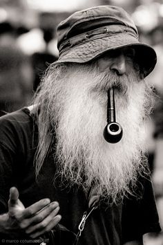 men beard men beard The post men beard appeared first on Fotografie. Foto Portrait, Portrait Photography, Black White Photos, Black And White Photography, Trippy Hippie, Xingu, Old Faces, Poses References, Moustaches