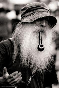 Ceci n'est pas une pipe!