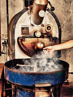 Roasting Coffee Beans at Magnolia Coffee, Charlotte, North Carolina Espresso Coffee, Coffee Cafe, Coffee Humor, Coffee Drinks, Coffee Shop, Coffee Lovers, Coffee Quotes, Coffee Barista, Coffee Menu