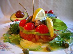 DessertsAbad: Tartar de tomates, pepino y aguacate con sardinita...