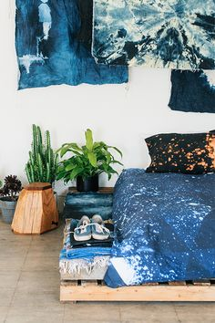 SWENYO makes cool stuff for your room. Check out our bedding, furniture, lighting & accessories. Question your space.
