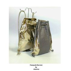 Con questa bellissima giornata viene voglia di splendere come il sole!  #bag #bags #borse #zaini #themicam #мешок #сделановиталии #shinebrightlikeadiamond #shinelikethesun #woman #beautiful #backpack #sunday #shopping #shoppingonline #Napoli #fashion #fashionblogger #fashionweek #leather #leatherbag #madeinitaly #madeinitaly🇮🇹 #fattoamano #handmade #instagood #instalike #instacool #instafashion