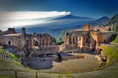 Taormina Messina, Mount Rushmore, Culture, Mountains, Architecture, Pictures, Travel, Painting, Theater
