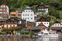 Hallstatt Hideaway: with a difference - LIFESTYLEHOTELS Minecraft, The Good Place, Modern Design, Study, In This Moment, Traditional, Mansions, Future, House Styles